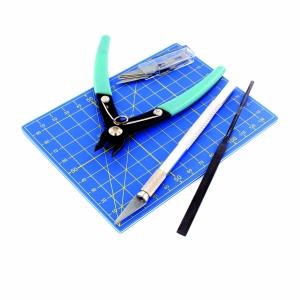 Vallejo T11001 Podstawowy zestaw narzędzi (9 elementów)