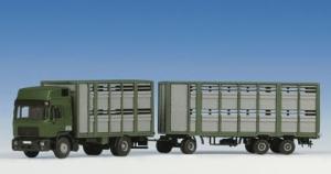 Kibri 12248 MAN z zabudową do transportu bydła