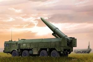 Trumpeter 01051 Wyrzutnia rakiet 9P78-1 TEL z pociskiem 9K720 Iskander-M (SS-26 Stone) - 1:35
