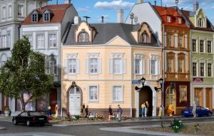 Kibri 38387 Kamienica przy Schillerplatz w Görlitz