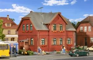 Kibri 38717 Dom piętrowy