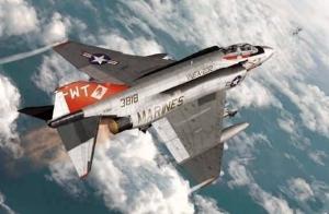 Academy 12556 USMC F-4J VFMA-232 Red Devils, 1:72