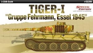 Academy 13299 Czołg Tiger 1 Gruppe Fehrmann, Essel 1945