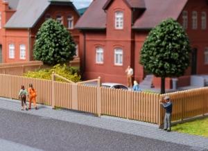 Kibri 38625 H0 Płot drewniany z bramą 84 cm