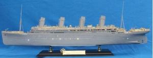 Academy 14226 R.M.S. Titanic - 1:400
