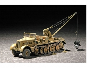 Trumpeter 07253 Dżwig na podwoziu Sd.Kfz.9/1 early version 18t - 1:72
