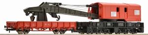 Dźwig kolejowy z wagonem platformą
