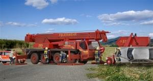 Kibri 13041 H0 Dżwig teleskopowy Liebherr LTM 1050/4 Straż Pożarna