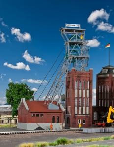 Kibri 39845 H0 Kopalnia Herbede - wieża wyciągowa z elektrycznym napędem