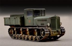 Trumpeter 07120 Radziecki Ciągnik artyleryjski Kominternu - 1:72