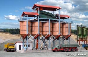 Kibri 39805 Przesypownia - silosy i biuro