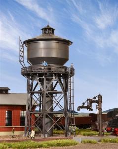 Wieża ciśnień z pompą do nawadniania parowozów