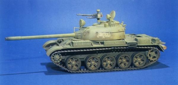 Trumpeter 00338 Czołg T-54B - 1:35