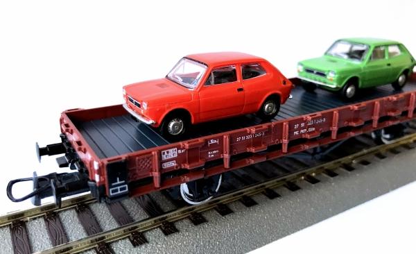 Roco 76764 Wagon platforma .Kklm z ładunkiem PKP, Ep. IV