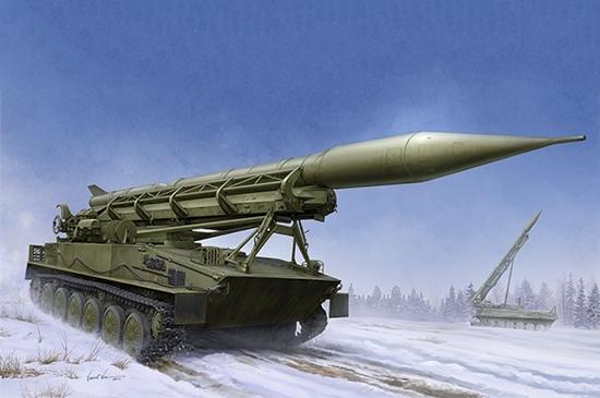 Trumpeter 09545 Radziecki zestaw rakietowy 2P16 z rakietą 2K6 Łuna (Frog 5) - 1:35
