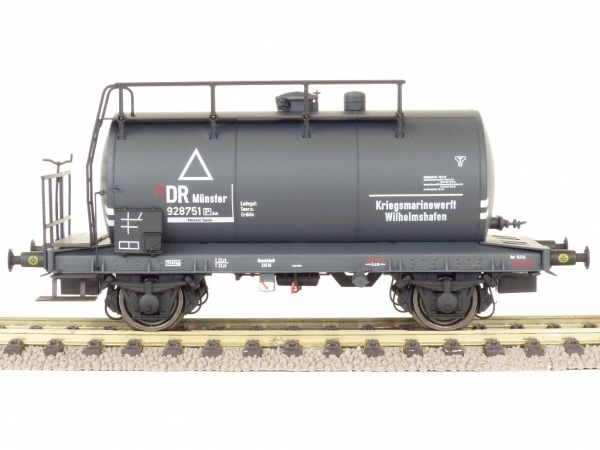 Exact-Train EX20500 Zestaw 2 cystern 24m3 Uerdinger, Kriegsmarinewerft Wilhelmshafen, DRG, Ep. II