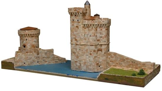 Aedes Ars 1267 Wieże portu La Rochelle 1:220