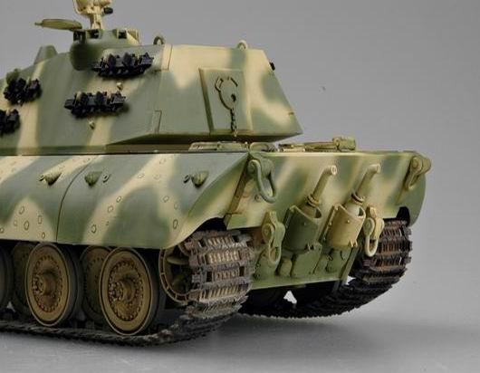 Trumpeter 00384 German Pz.Kpfm E 100 Super Heavy Tank - 1:35