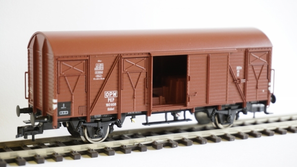 Fleischmann 531103 Wagon towarowy kryty, typ 23 Kddet, PKP, Ep. IIIc