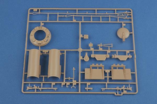Hobby Boss 82601 Czołg Pz.Kpfw. VI Tiger I - 1:16