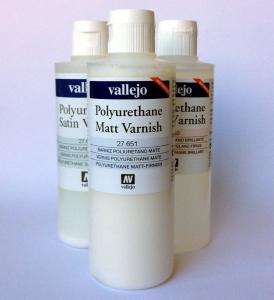 Vallejo 27650 Lakier Błyszczący Akrylowo - poliuretanowy 200 ml.